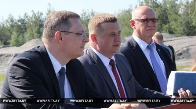 """Председатель Госкомитета судэкспертиз посетил щебеночный завод """"Глушкевичи"""""""