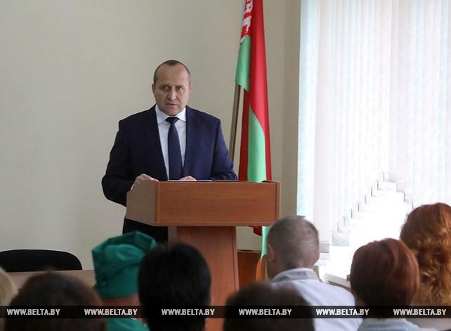 Владимир Жевняк встретился с трудовым коллективом Лиозненской центральной районной больницы