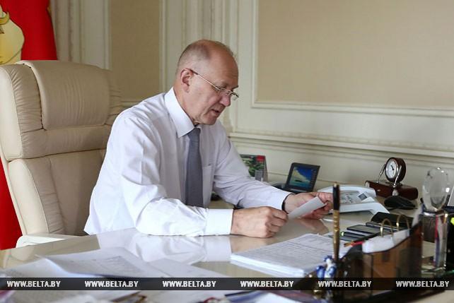 Кравцов провел прямую телефонную линию с населением Гродненской области