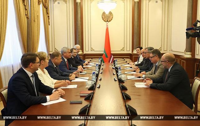 Андрейченко встретился с латвийскими парламентариями