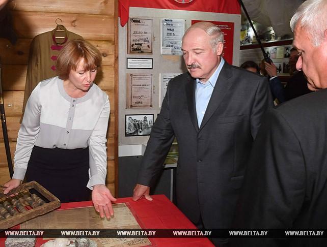 "Лукашенко посетил музей СПК ""Колхоз ""Родина"""