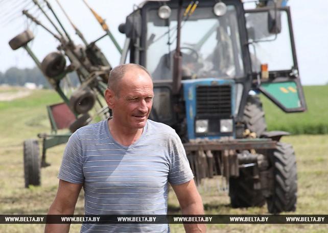 В Гомельской области ведется заготовка сочных кормов из трав второго укоса