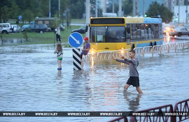 Ливень затопил несколько улиц в Гродно