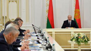 Новый механизм финоздоровления проблемных предприятий АПК обсуждается на совещании у Президента