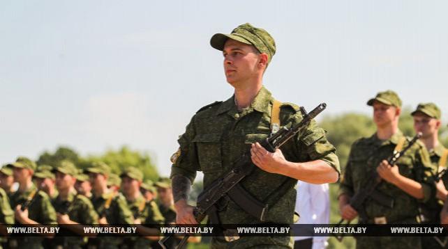 Курсанты-медики приняли военную присягу в Брестской крепости