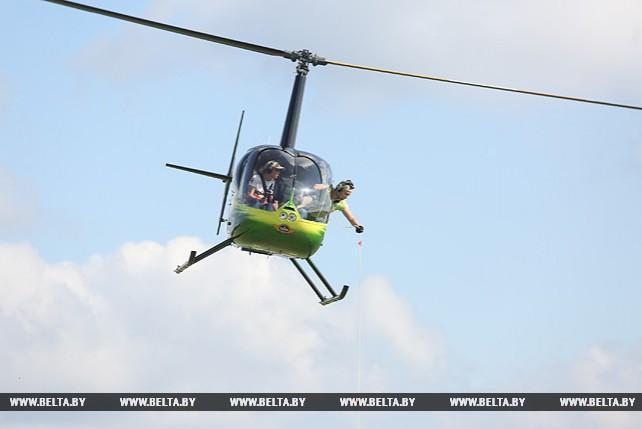 Чемпионат мира по вертолетному спорту проходит на Боровой