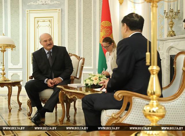 Лукашенко провел встречу с председателем правления китайской корпорации CITIC Group