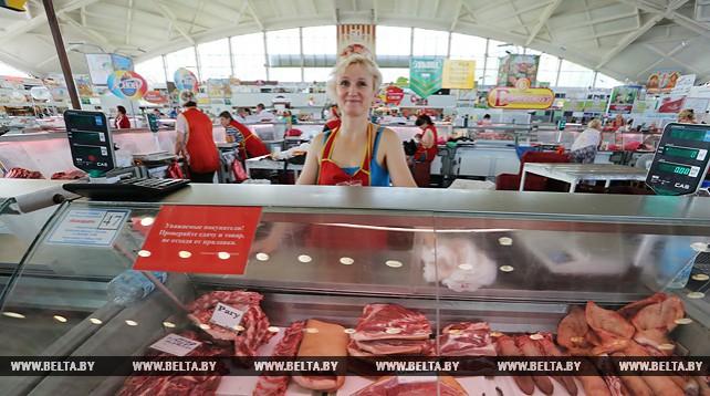 Комаровский рынок - крупнейший в Беларуси
