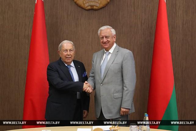 Мясникович встретился с председателем правления компании Cipla Limited