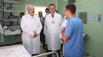 Лукашенко посетил Гомельскую областную детскую клиническую больницу