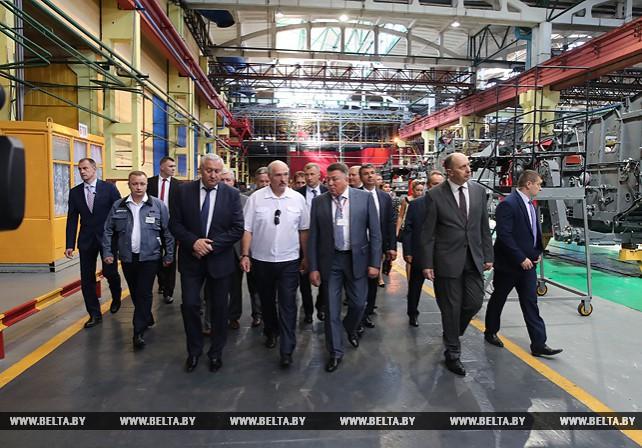 Лукашенко поручил запустить в Беларуси масштабную программу модернизации техники