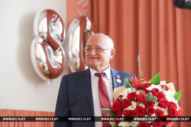 В Минске чествовали нейрохирурга Арнольда Смеяновича