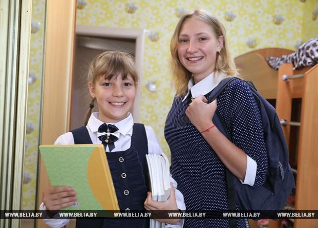 Многодетная семья Богачевых готовится к учебному году
