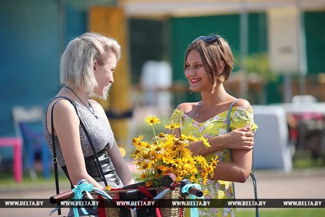 """Около тысячи участников собрал """"Велосипедный шик"""" в Минске"""