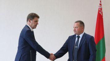 Владимир Кухарев представил нового министра архитектуры и строительства