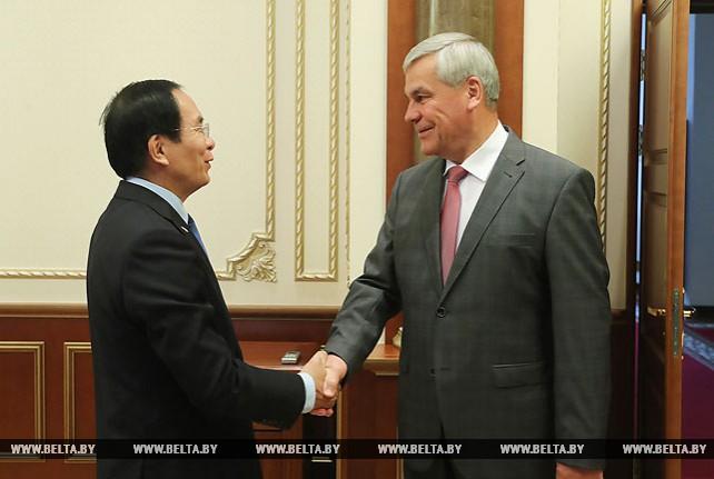 Андрейченко встретился с послом Вьетнама