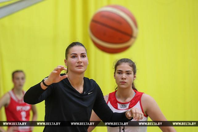 Анастасия Веремеенко провела открытую тренировку для сборной девушек U-15