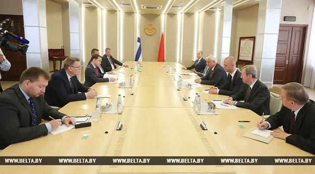 Мясникович встретился с делегацией парламента Финляндии