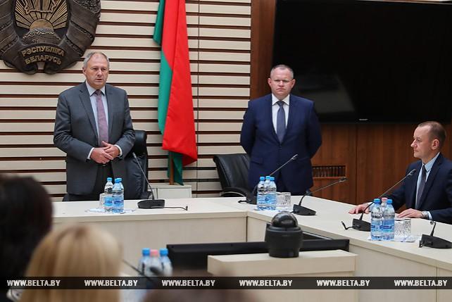 Румас представил нового министра финансов