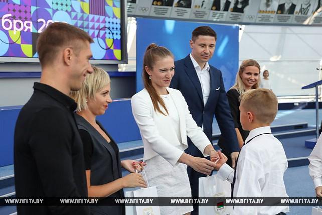 Олимпийские чемпионы провели открытый урок в НОК Беларуси
