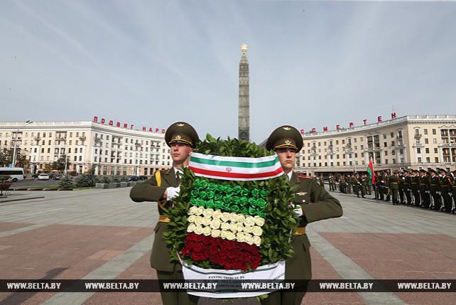 Парламентская делегация Ирана возложила венок к монументу Победы в Минске