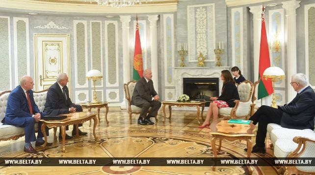 Лукашенко: Беларуси интересен опыт Совета Европы в сфере местного самоуправления