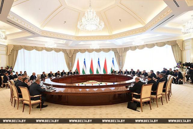 Лукашенко и Мирзиеев считают возможным поднять уровень товарооборота до $1 млрд