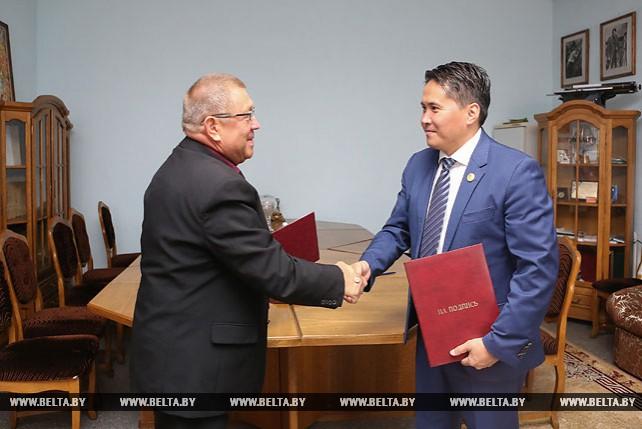 Белорусский союз журналистов и Конфедерация журналистов Монголии подписали меморандум о сотрудничестве