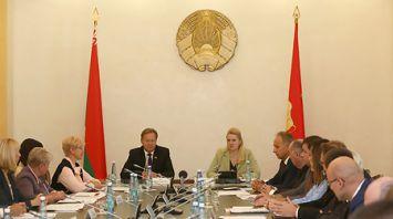 В Гродно проходит заседание Постоянной комиссии Совета Республики по законодательству и государственному строительству