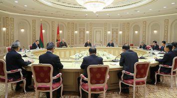 Лукашенко встретился с членом Постоянного комитета Политбюро Центрального комитета Компартии Китая, секретарем Центральной комиссии КПК по проверке дисциплины