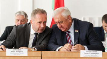 Мясникович участвует в выездном заседании Брестского облисполкома в Ганцевичах