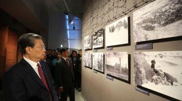 Чжао Лэцзи посетил музей истории Великой Отечественной войны