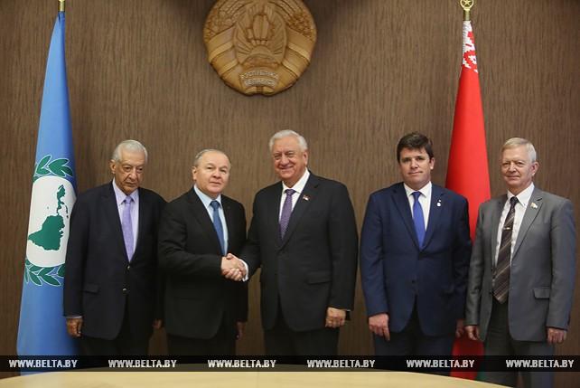 Мясникович встретился с председателем Латиноамериканского парламента