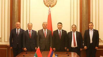 Андрейченко встретился с парламентской делегацией Армении