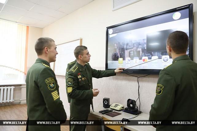 Новые специализированные классы открылись на факультете связи и АСУ Военной академии