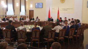 Лукашенко встретился со студентами гродненских вузов
