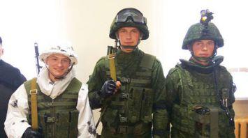 Зарубежные дипломаты посещают 120-ю отдельную гвардейскую механизированную бригаду