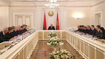 Президент провел совещание по вопросам развития ликеро-водочной отрасли