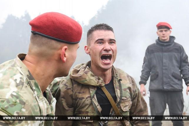 Испытания на право ношения крапового берета проходят во внутренних войсках