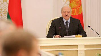 Лукашенко провел совещание по вопросу совершенствования системы управления белорусской энергетикой