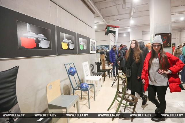 """Выставка """"Постулат"""" открылась в Минске"""