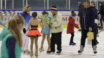 89-летний гомельчанин Лев Нуйдель отпраздновал день рождения катанием на коньках