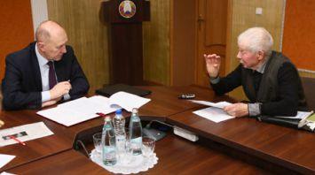 Кравцов провел выездной прием граждан в Вороновском районе