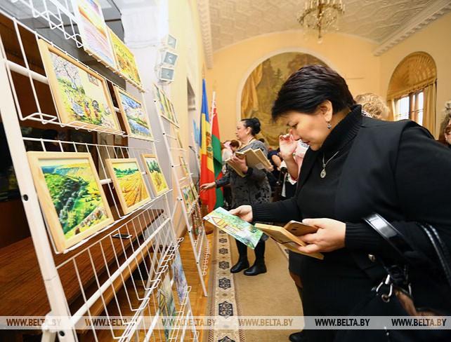 Выставка художницы Любови Руснак открылась в Минске