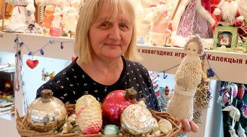 Жительница Витебского района собрала более 1 тыс. новогодних игрушек и открыток
