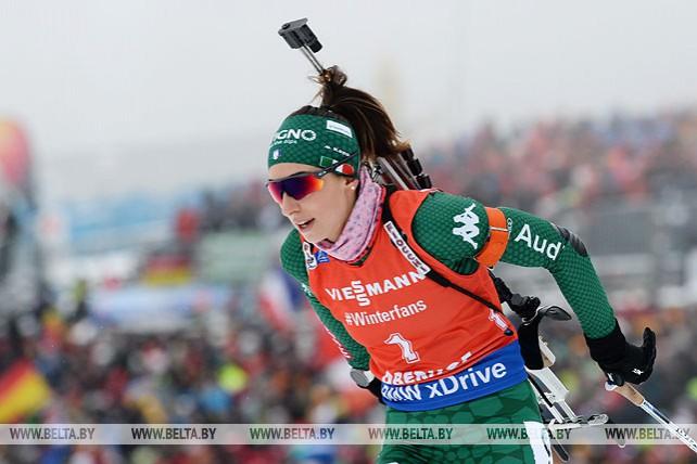 Итальянская биатлонистка Лиза Витоцци выиграла гонку преследования на этапе Кубка мира