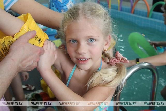Плавательный бассейн открылся в Комаринских яслях-саду Брагинского района