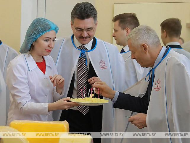 "Делегация Новосибирской области посетила ОАО ""Бабушкина крынка"""
