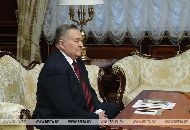 Лукашенко встретился с представителем Украины в контактной группе Марчуком