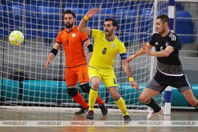 Белорусы победили на старте квалификации ЧМ по мини-футболу